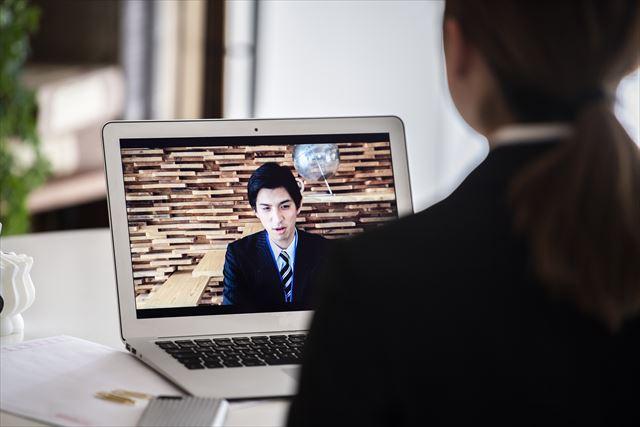 仕事探しを効率化したいならリモート面接を採用する企業にも注目!